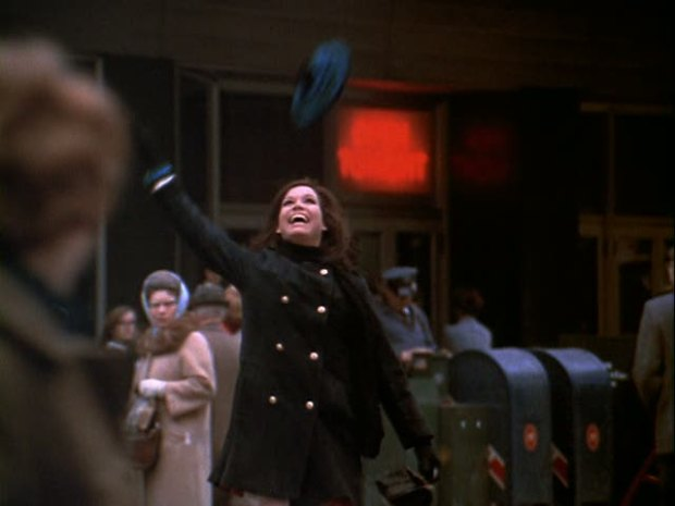 mary-tyler-moore-opening-credits